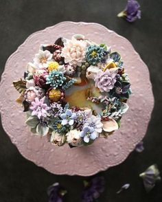 "274 Likes, 8 Comments - 청담 수케이크 (atelier soo) (@soocake_ully) on Instagram: ""ㅡ Bitter. Soo. ㅡ #flower #cake #flowercake #partycake #birthday #weddingcake #buttercreamcake…"""