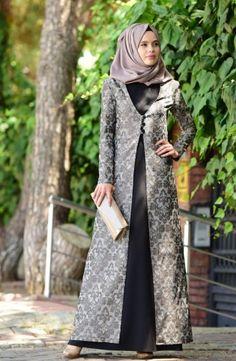 Yeni sezonun dikkat çeken abiye modelleri şık  tasarımları göz doldurmaktadır. Uygun fiyatlardan satılan abiyeler büyük beğeni toplamaktadır. Farklı tasarımcılar tarafından tasarlanan tesettür abiye elbise modellerine Sefamerve.com adresimizden erişebilirsiniz. Abiye elbise modelleri şifon, poliviscon, polyester, koton, krep kumaşlardan imal edilmektedir. Abaya Fashion, Muslim Fashion, Skirt Fashion, Fashion Dresses, Hijab Abaya, Abaya Designs, Muslim Dress, Batik Dress, Islamic Clothing