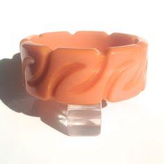 Bakelite Bangle Bracelet Carved in a Z Pattern