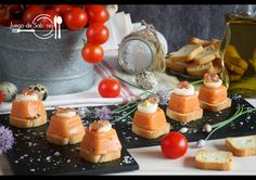 SALMOREJO EN DADOS Tapas, Canapes, Panna Cotta, Dairy, Cheese, Ethnic Recipes, Buffets, Food, Reception