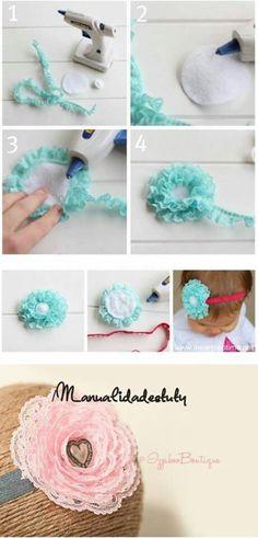 fabric flowers, handmade flowers are made of lace, pattern Handmade Flowers, Diy Flowers, Fabric Flowers, Tulle Fabric, Ribbon Flower, Lace Ribbon, Fabric Flower Headbands, Baby Headbands, Ribbon Crafts