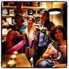 "@stefanoschiavo's photo: ""italian knitters heading to #liverpool! #knitcafé @crowdknitting"""