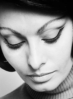 Sophia Loren photographed by David Montgomery, 1966.
