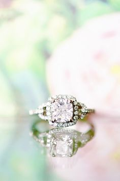 diamond engagement rings / http://www.deerpearlflowers.com/sparkly-engagement-rings-for-every-kind-of-bride/