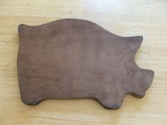 Primitive Vintage Pig Piggy Wood Cutting Bread Board Farm Kitchen Decor