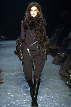 Visions of the Future: Ann Demeulemeester Fall 2004 Ready-to-Wear Fashion Show - Amanda Moore