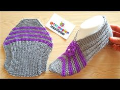 My Lord, always be happy. Different and beautiful booties are being made Knitting Blogs, Knitting Socks, Free Knitting, Baby Knitting, Knitted Slippers, Knitted Hats, Hobbies For Adults, Crochet Shoes, Baby Boots