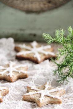Simple and beautiful Christmas Cookies / Biscotti di Natale semplici e belli