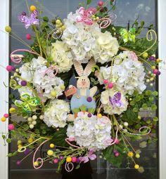 #Easter Bunny Hydrangea Wreath