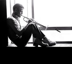 See Chet Baker pictures, photo shoots, and listen online to the latest music. Film Noir Photography, Musician Photography, Billie Holiday, Miles Davis Quintet, Torch Song, Chet Baker, Movie Shots, Jazz Musicians, Latest Music