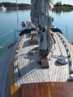 Boats for Sale Used Boat For Sale, Boats For Sale, Sailing Yachts, Old Boats, Sailboat, Capricorn, Adventure Time, Scandinavian, United States