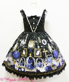 One of my ultimate dream dresses!- Mercator Antique JSK in Black by Angelic pretty