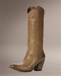The boots Julianne hough wears in Footloose, except in red:) I WANT!!!!