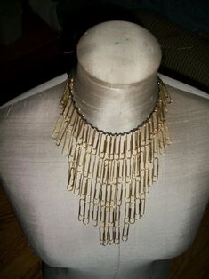 Paperclip Necklace (made from a couple dollars of common household supplies!)