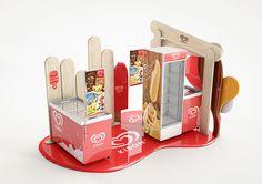 Kibon - Unilever on Behance Pop Display, Display Design, Booth Design, Kiosk Design, Retail Design, Food Packaging Design, Brand Packaging, Promotion Display, Ice Cream Logo