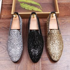 Male Pointed Toe Casual Shoes Fashion Rhinestone Glitter Slip On Flats  Genuine Leather Men Loafers Driving Shoes Wedge Shoes Casual Shoes For Men  From ... d59868eceb81