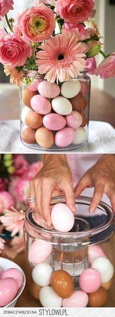 florero con huevos pintados en Stylowi.pl