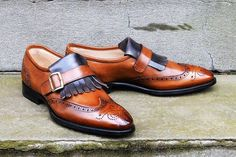 A friend of mine, who is a great lover of Italian styled shoes (specifically Bontoni and Branchini) and two-tones decided to start his own online distribution channel, 'Correspondent S…