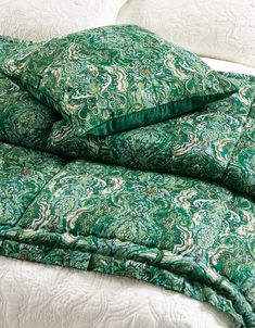 Riad Emerald comforter and cushion Bed Linen Design, Bed Design, Linen Fabric, Linen Bedding, Fine Linens, Store Hours, Contemporary Interior, Bed Spreads, Comforters