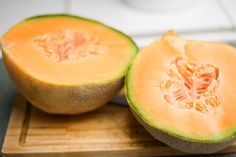 How Many Calories Are In An Ounce of Cantaloupe? How about the headache involved with weighing every ounce of food before consumption? Cantaloupe Benefits, Cantaloupe Recipes, Cantaloupe Calories, Dessert Recipes, Desserts, Healthy Nutrition, Fruit, Food, Tailgate Desserts