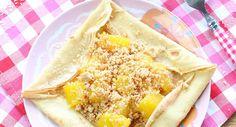 Crêpe à la mangue et crumble à la noix de coco