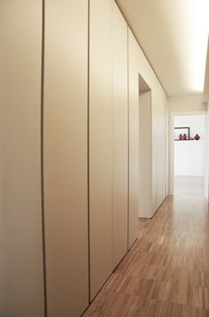 Placards int gr s on pinterest toulouse atelier and storage - Placard couloir etroit ...