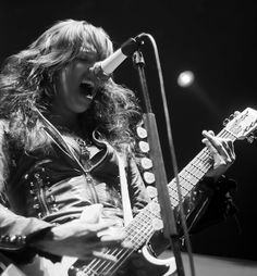 Lzzy Hale, lead singer of Halestorm, performs at the Bell County Expo Center in April 2011. The band will return to Belton on Aug. 13 with the Carnival of Madness tour featuring Evanescence and Chevelle. Tickets are on sale now. (Jordan Overturf/Telegram file photo)