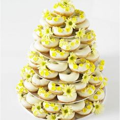Alternatives to Wedding Cake – Dreamy Donuts Yellow Cake - cute! - surprised I like this