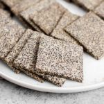 Crunchy Chia Seed Crackers - Perfect Keto Crunchy Chia See Chia Seed Crackers, Seed Crackers Recipe, Keto Chia Seed Recipes, Low Carb Recipes, Healthy Recipes, Healthy Lunches For Kids, Healthy Snacks, Healthy Crackers, Homemade Crackers