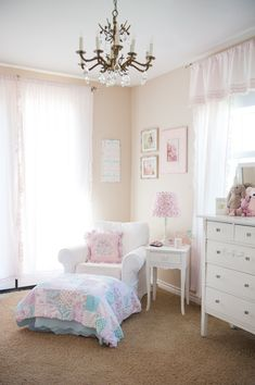 Love this sweet nursing corner in a shabby chic nursery