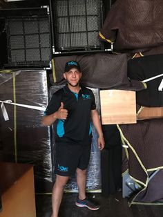 At iMove Group, our expert in will effortlessly handle your entire interstate move. We offer door-to-door removal services to make sure a stress-free move all across Australia. Brisbane, Melbourne, Sydney, Relocation Services, Office Relocation, Moving Cost Calculator, Interstate Moving, List Of Cities, House Removals