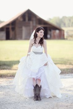 striped wedding gown + cowboy boots | Simply Bloom