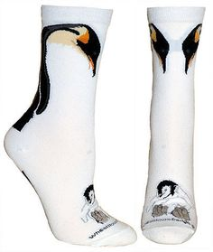 Our Emperor penguin and chick socks are simply a unique classic treat for your feet.By combining comfort and originality with the elegance of this Emperor Penguin design, the result is a true penguin