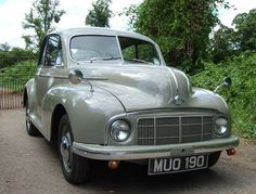 Morris Minor Lowlight (1950) Vintage Models, Vintage Cars, Antique Cars, Morris Minor, British Sports Cars, Small Cars, Retro Cars, Car Humor, Old Trucks