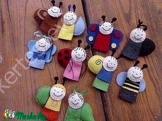 Finger Puppets, Berries, Christmas Ornaments, Sewing, Holiday Decor, Fingers, Puppets, Dressmaking, Couture