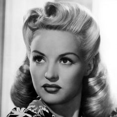 1940's women's hairstyles | 1940s Hairstyling and Vintage Makeup « Bees' Knees Dance – Beginner ...
