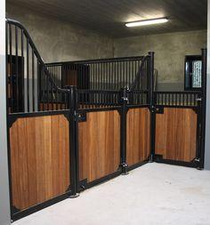 horsestable pferdebox paardenbox paardenstal