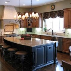 Traditional Kitchen French Country Design, Pictures, Remodel, Decor and Ideas - page 6