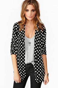 polka dot blazer <3 and the outfit in general!