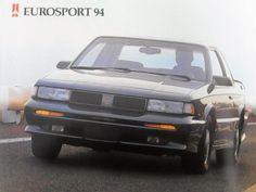 Completísimo catálogo original de agencia de la línea 1994 de la Chevrolet, donde se incluye el Century Limited, el Cutlass, el Eurosport, e...123972109