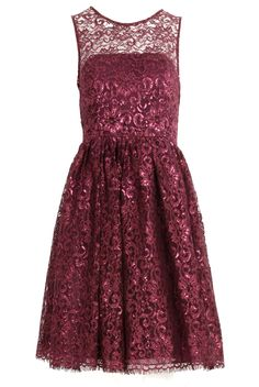 Sleeveless Lace Top Fitted Dress
