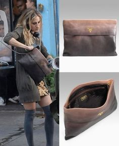 October 2007 Sarah Jessica Parker: Prada Glace Folder Clutch in the City Recently spotted in the city, it's SJP with her fabulous Prada Glace Prada Clutch, Prada Purses, Prada Handbags, Leather Handbags, Leather Clutch, Leather Jacket, Sarah Jessica Parker, City Bag, Fashion Beauty