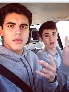 @Takenbymagcon Jack G and Sam like took my phone in the car and took like a thousand selfies. I'll get revenge one way or another. Especially on Sam