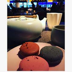✨Scooch on over closer ✨ #sunday #weekend #vibes #currentmood #macarons #jasmine #tea #chill #yauatchalondon #london #soho #yolo #goodvibes #goodtimes #sunshine #stateofmind #energy #high #frequency #spontaneous #soul #spirit #freespirit #gratitude #grateful #gratidão #grace #peace #blessings #love ✨ http://misstagram.com/ipost/1535092302376392163/?code=BVNvlDUlNXj
