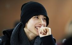 siwan-loved him in the moon that embraces the sun!