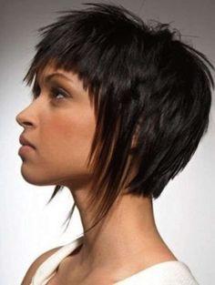 Los medios del cuidado de los cabellos el champú