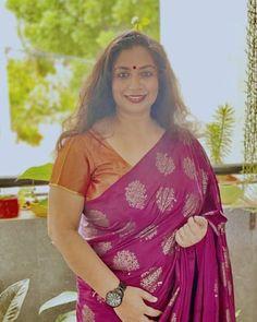 Vidya Balan Hot, Most Beautiful Indian Actress, Indian Actresses, Desi, Saree, Fashion, Moda, Fashion Styles, Sari