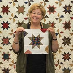 Sew Block Quilt Jenny walks you through making this gorgeous block step by step, come learn with us! Star Quilt Blocks, Star Quilt Patterns, Star Quilts, Easy Quilts, Quilting For Beginners, Quilting Tutorials, Quilting Projects, Msqc Tutorials, Quilting Tips