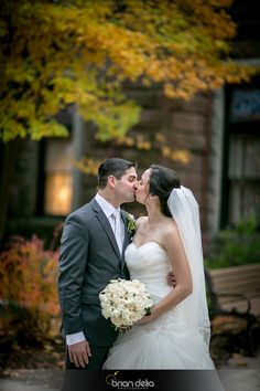 #weddingday #bride #groom #flowers #bouquet #formalphotos #love #photography #bdeliaphotography #briandeliaphotography