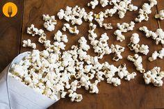 Cómo hacer palomitas en casa A pesar de que siempre han sido consideradas como un alimento poco saludable, un reciente estudio ha puesto de manifiesto los
